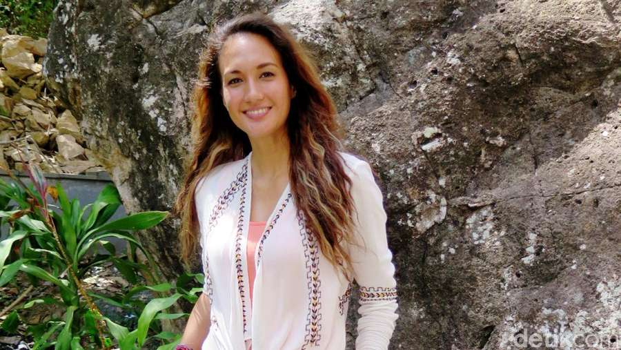 Main di Labuan Hati, Nadine Chandrawinata Dituntut Lebih Tenang