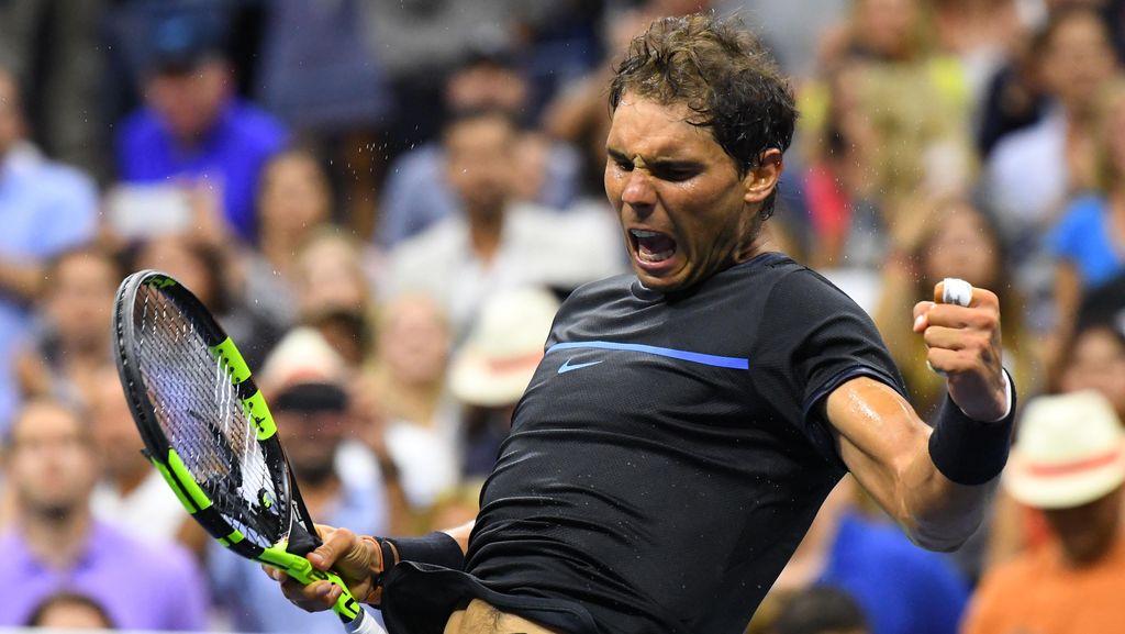 Federer Sebut Rivalitas Panas dengan Nadal Sudah Bikin Dirinya Berbeda