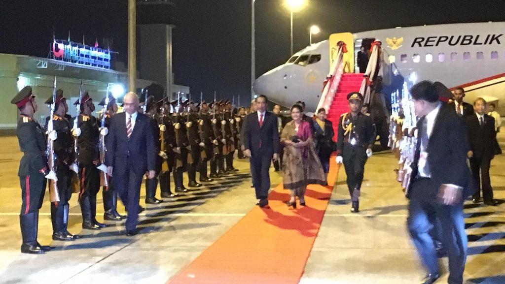 Hari Kedua di Laos, Jokowi Akan Jalani 7 Agenda KTT