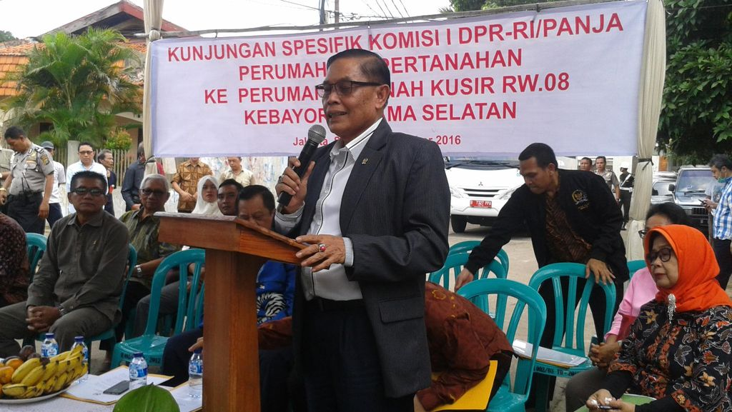 Anggota DPR Dengar Curhat Keluarga Purn TNI yang akan Diusir dari Kompleks Kodam