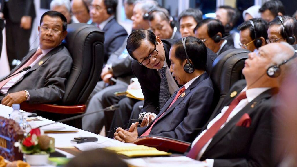 Jokowi: ASEAN Plus Three Jadi Kunci Stabilitas Kawasan Asia Tenggara