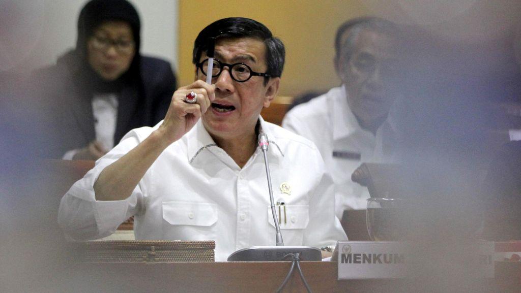 Menkum HAM Minta Hakim Maksimalkan Hukuman Koruptor