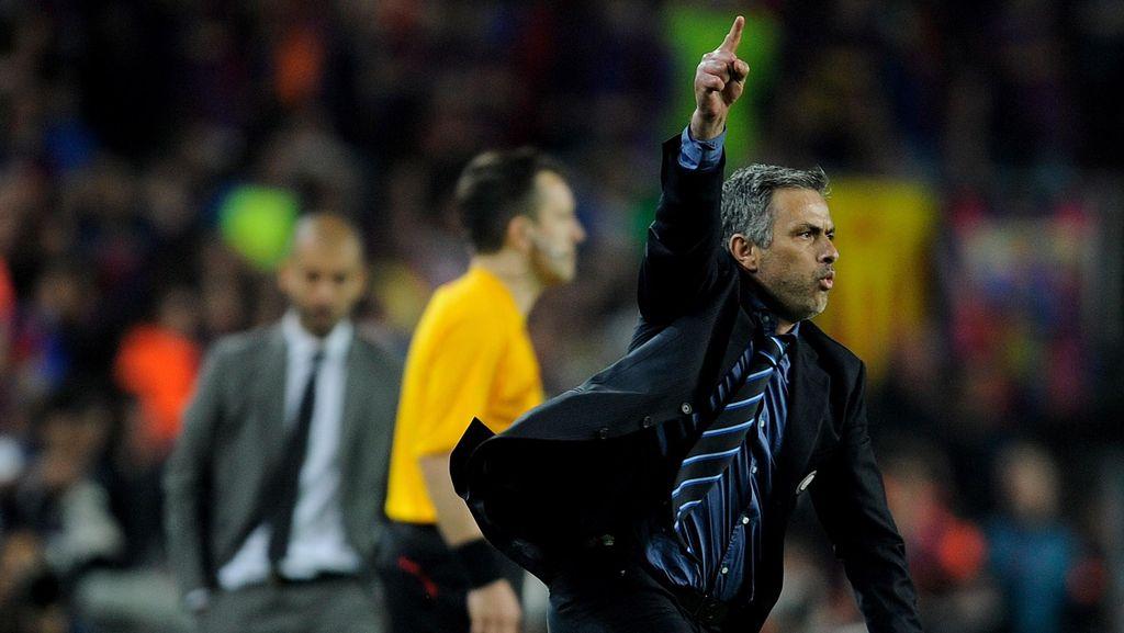 Xavi: Guardiola Lawan Mourinho Duel Terbaik di Sepakbola