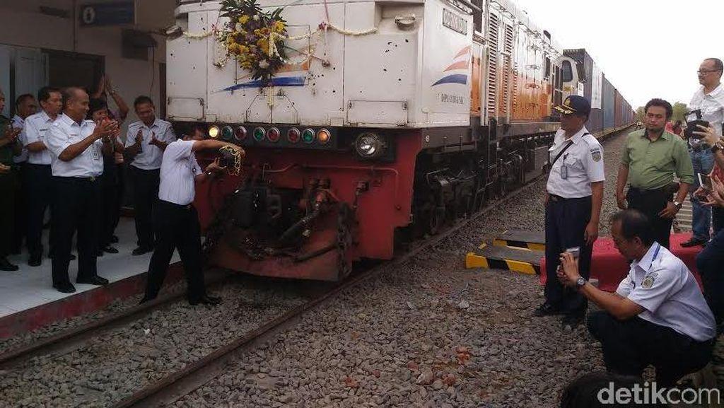 Jalur Kandangan-Indro Direaktivasi, Kereta Barang 30 Gerbong Berangkat Setiap Hari