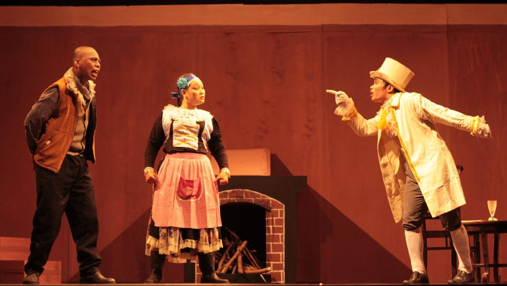 Mahasiswa Ikut Ramaikan Bulan Budaya Lombok dengan Suguhan Teater