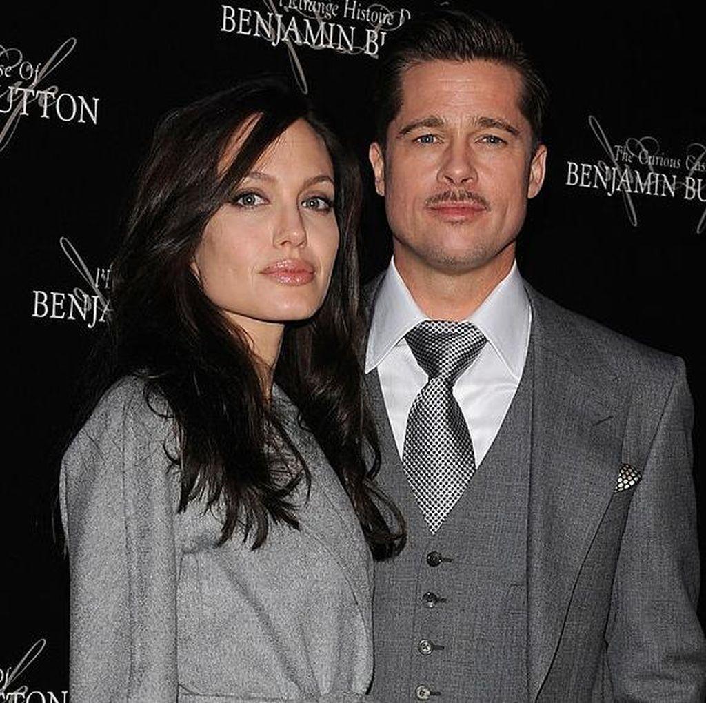 12 Tahun Bersama, Angelina Jolie Gugat Cerai Brad Pitt