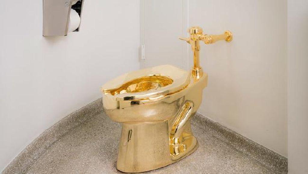 Toilet Emas Termahal di Dunia Dipamerkan di Museum New York, Bisa Digunakan