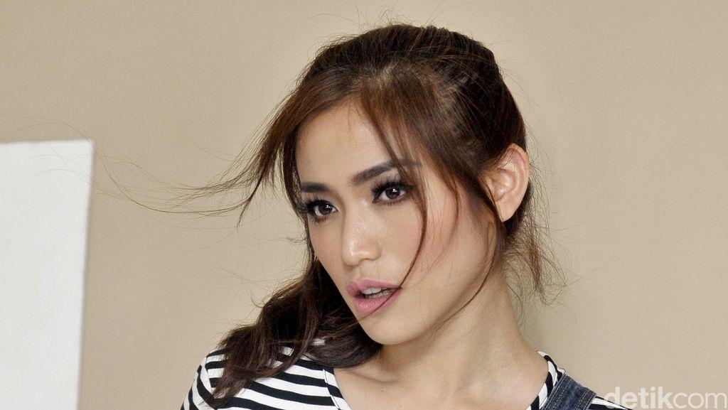 Jessica Iskandar Mulai Buka Hati untuk Pria