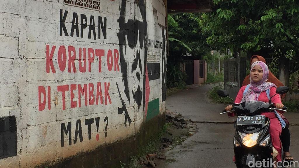 Pesan dari Sudut Gang di Bekasi: Kapan Koruptor Ditembak Mati?
