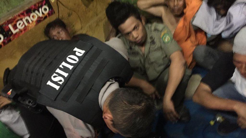Sarang Narkoba di Medan Digerebek Polisi, Pejudi Nyabu Kocar-kacir
