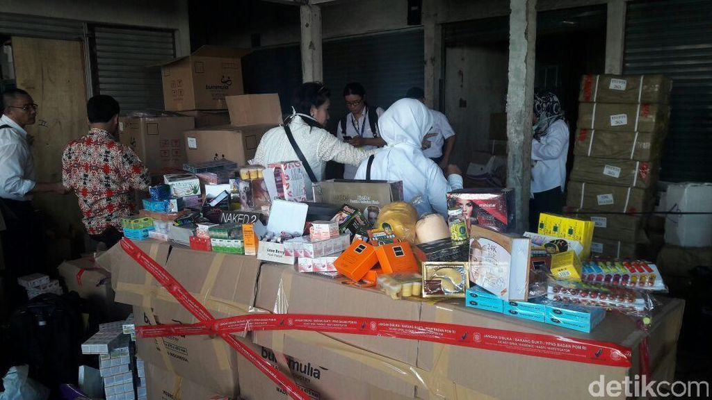Razia di Pasar Pagi Jakbar, BPOM Sita 225 Ribu Kosmetik Ilegal