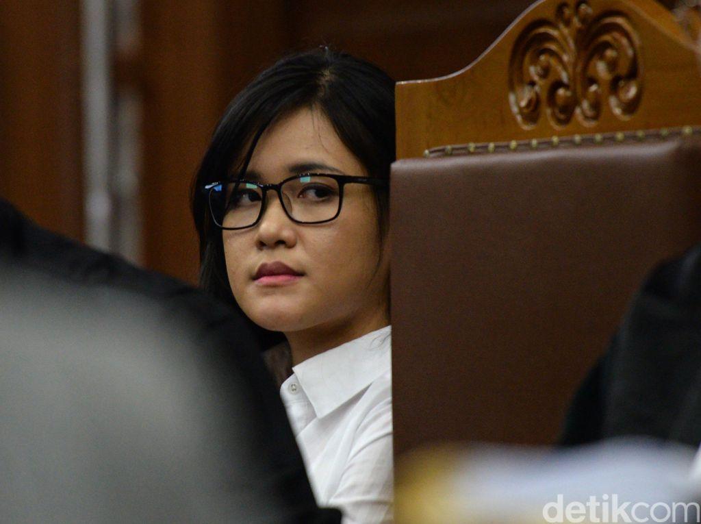 Motif Dendam Jessica Terbukti, Hakim: Iri Hati Lihat Kebahagiaan Mirna-Arief