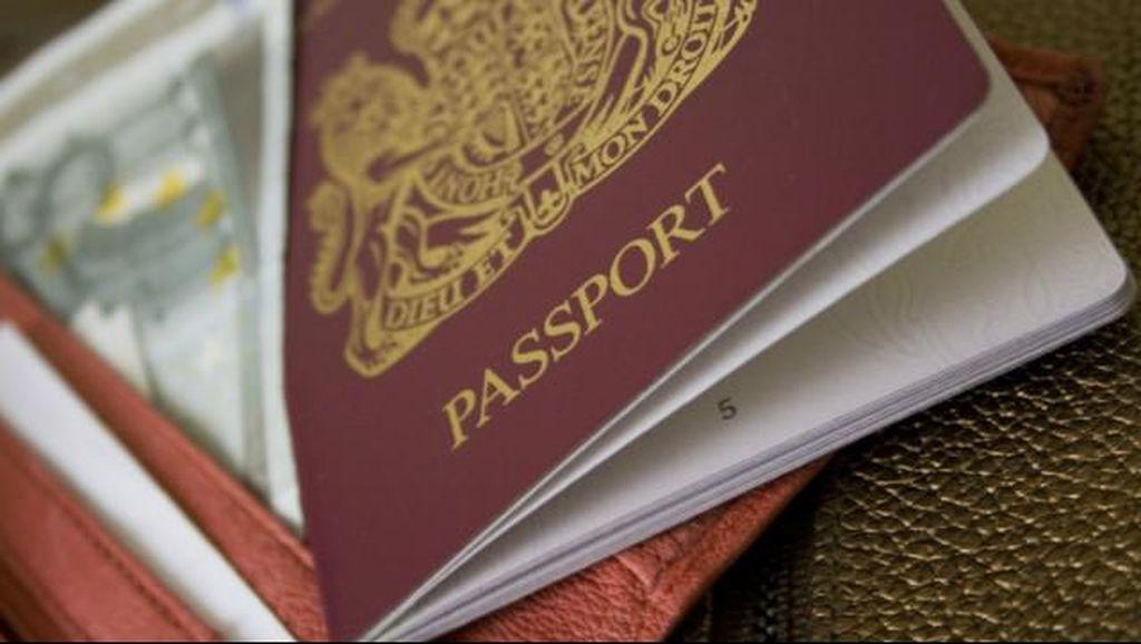 Imigrasi Jakarta Selatan Tangkap 2 Model Asal Serbia dan Rusia