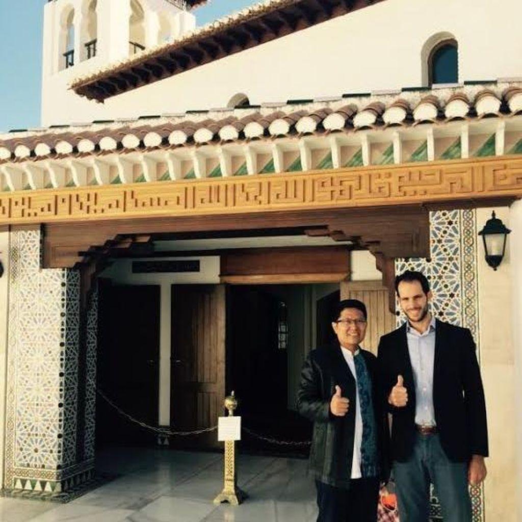 Safari Dakwah di Eropa: dari Masjid Mayor di Granada Hingga Austria