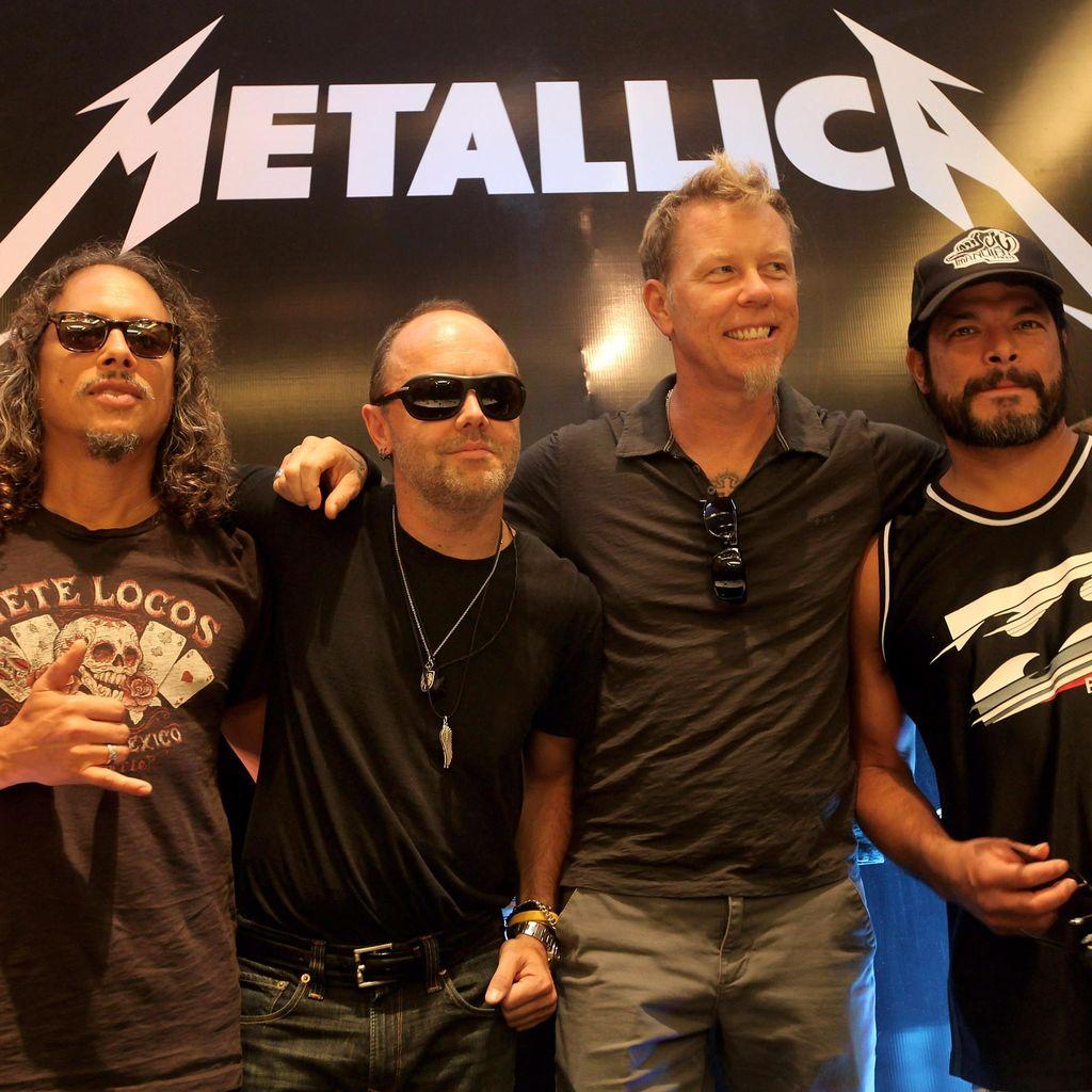 Metallica Resmi Rilis Video Klip Moth Into the Flame
