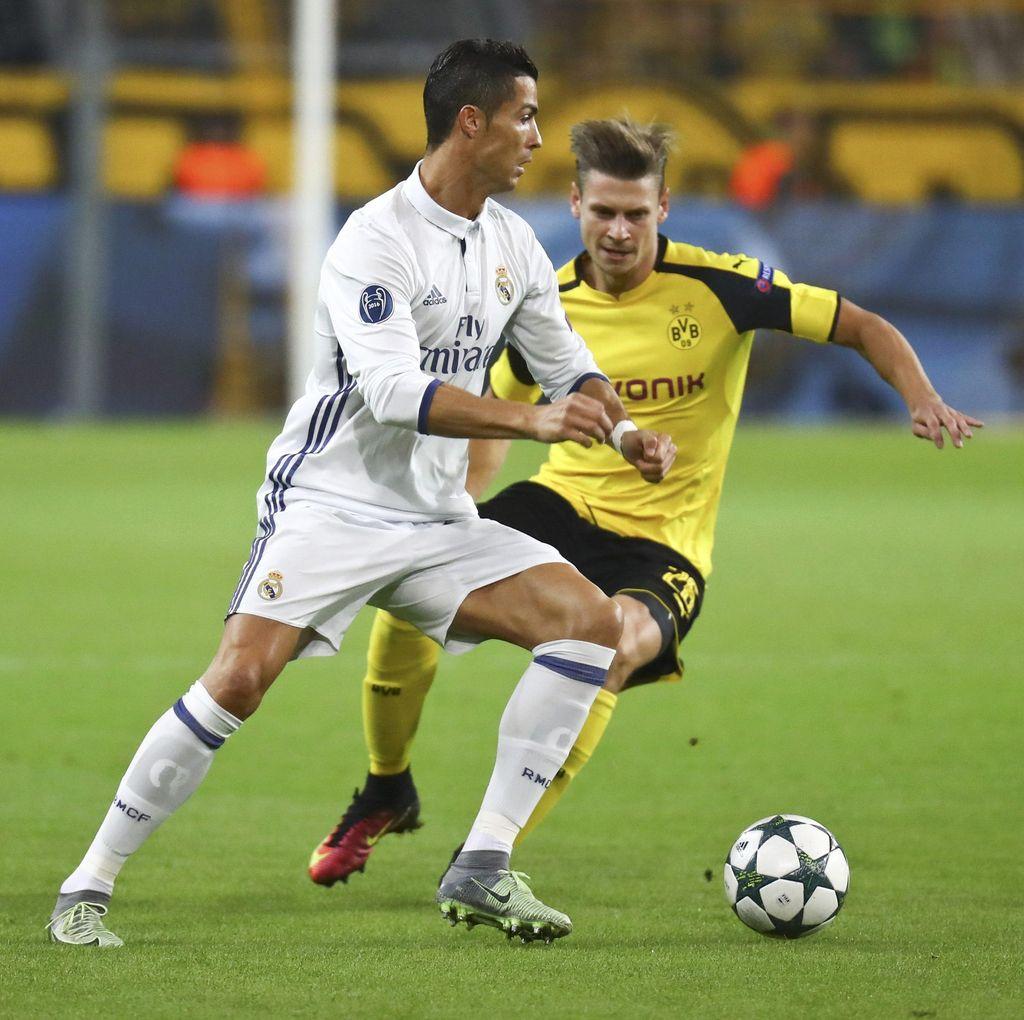 Varane Bikin Gol, Madrid Memimpin 2-1