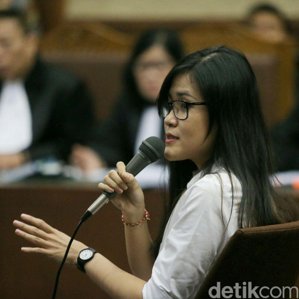Jessica Menanti Nasib di Ujung Palu Hakim