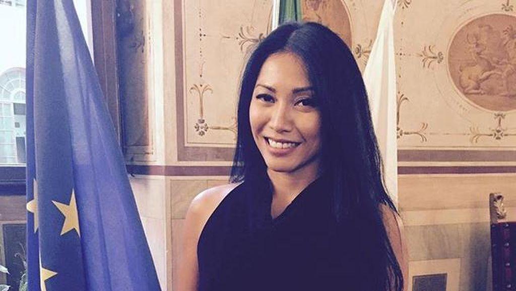 Anggun Jadi Orang Asia Pertama yang Raih Penghargaan di Italia
