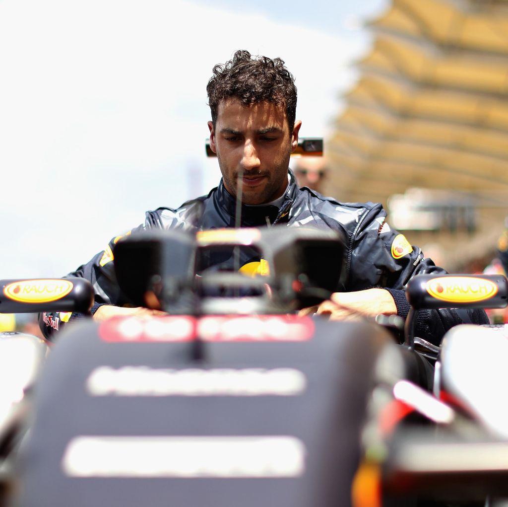 Juara Lagi Setelah Sekian Lama, Ricciardo Persembahkan Kemenangan untuk Bianchi
