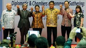 Menlu Retno Kumpulkan Para Pengusaha