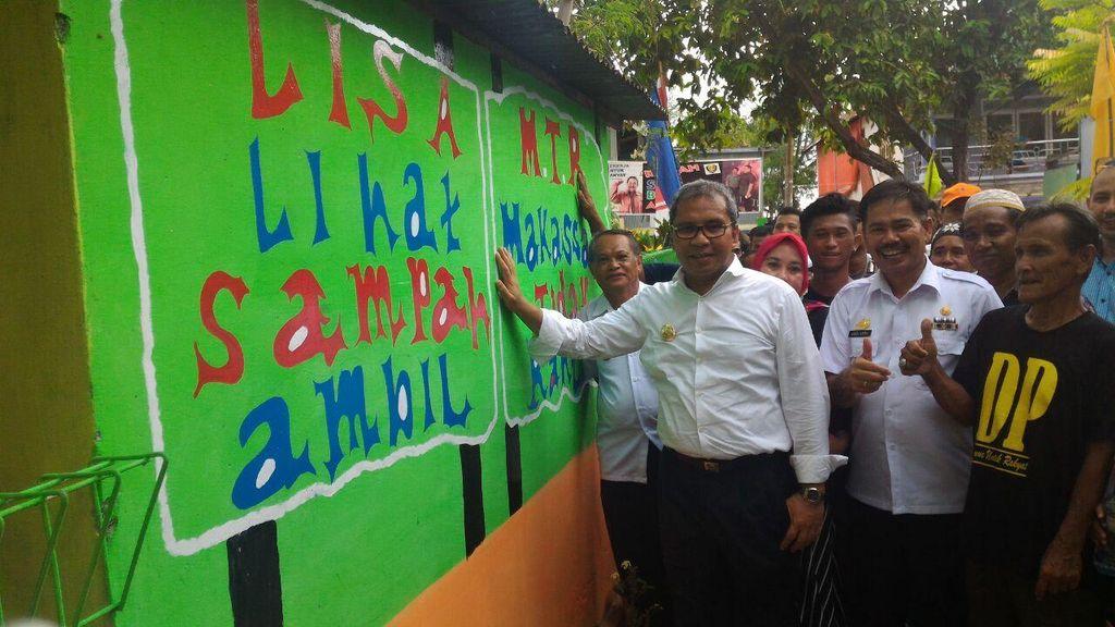 Temui Warga, Danny Pomanto Siapkan 2 Ribu Lampu Lorong dan Ambulans Laut