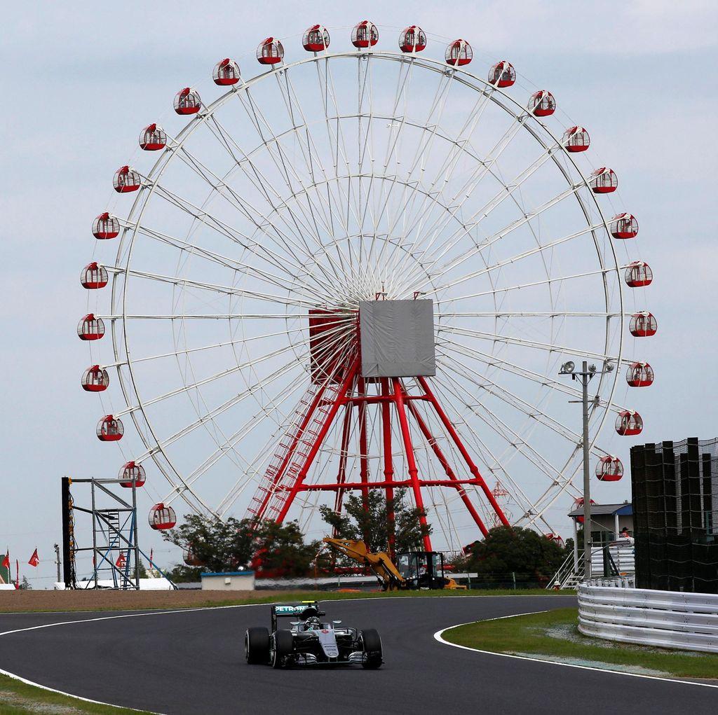 Rosberg Kuasai Latihan Kedua, Hamilton di Posisi Dua Lagi