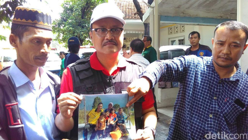 Gus Ipul Temui Keluarga Korban Santri Tenggelam, Fasilitasi Kepulangan Jenazah
