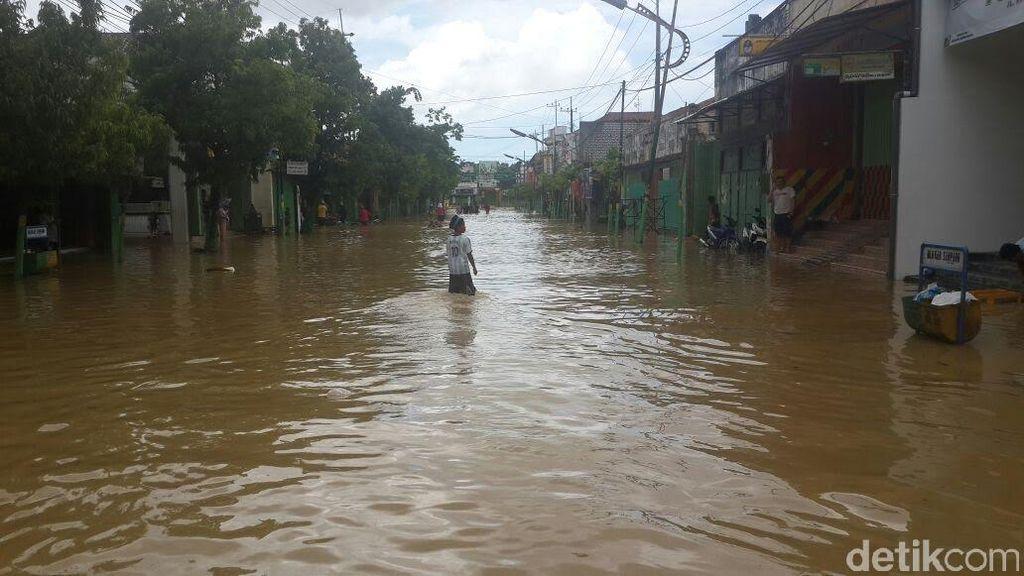 Hujan Mengguyur Sejak Pagi, Warga Sampang Diminta Waspada Banjir