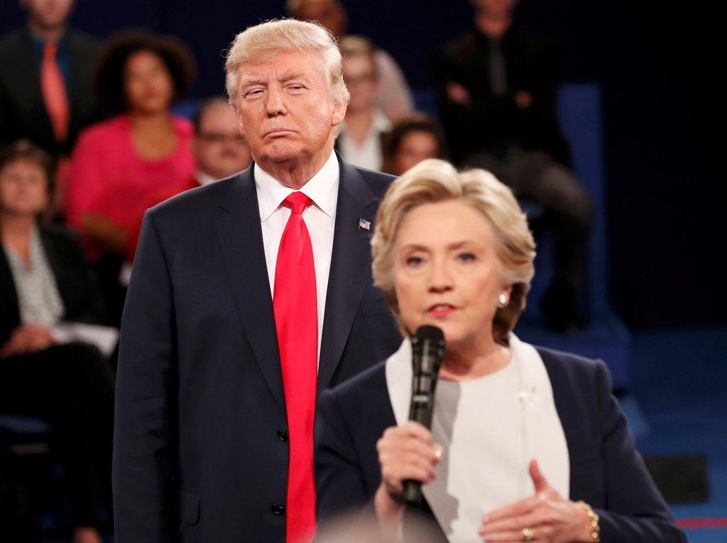Trump Kalah Telak dari Hillary dalam Survei Terbaru