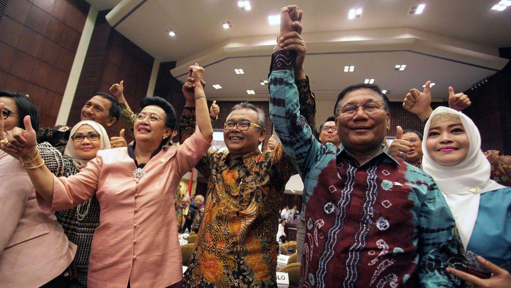 Akhirnya Ketua MA Datang, M Saleh Dilantik Jadi Ketua DPD RI