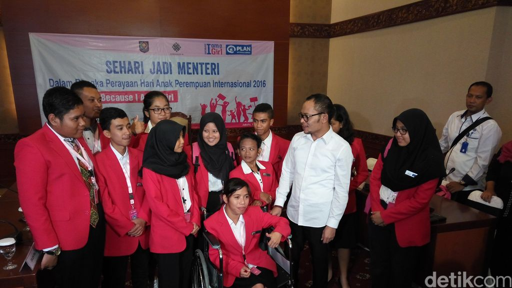 Peringati Hari Anak Perempuan Internasional, 11 Anak Jadi Menteri Sehari