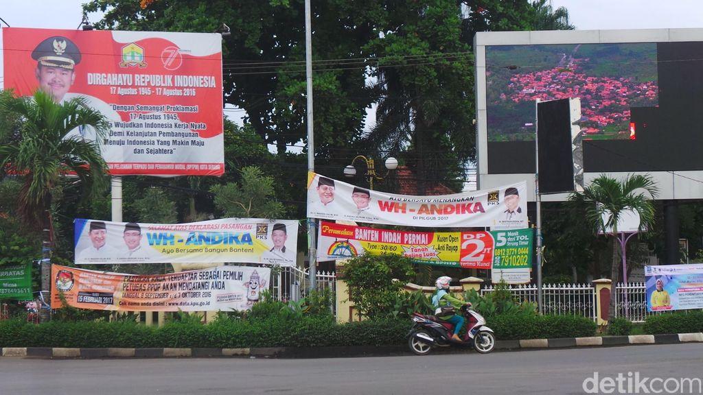Gandeng Satpol PP dan Polisi, Bawaslu Banten Copot Semua Alat Kampanye