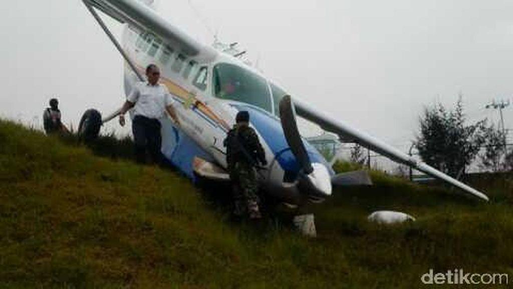 Kemenhub: Tak Ada Korban Pesawat Terjungkal, Runway Ilaga akan Diperpanjang