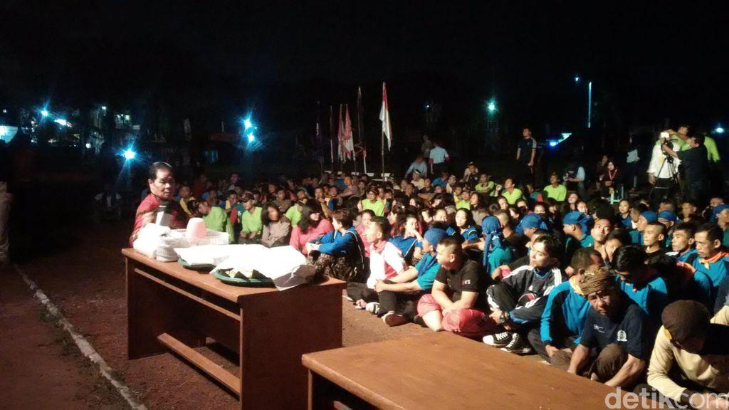 Beri Motivasi, Anton Medan Ajak Ratusan Napi Jadi Ustaz