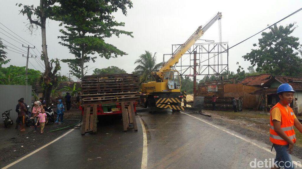 Jembatan Darurat di Pangandaran Mulai Dipasang, Ditargetkan Selesai 2 Minggu