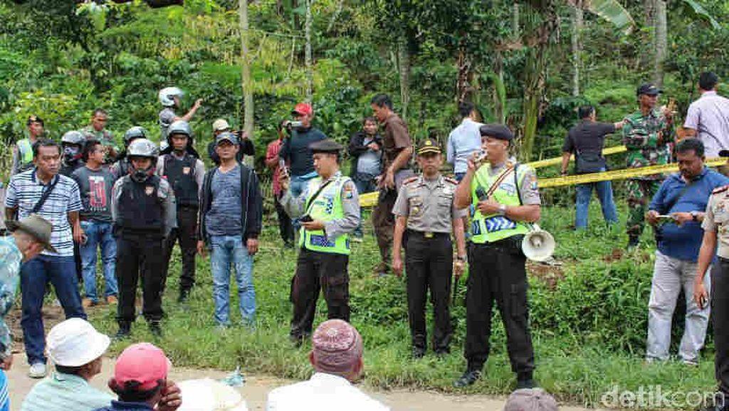 Puluhan Petani di Blitar Ditangkap