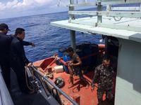 Kapal berbendara asing yg diduga melakukan pencurian ikan di Laut Natuna (Dok. Bakamla)