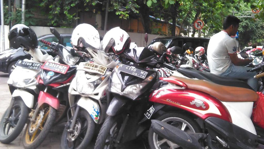 Parkir Liar Borok Ibu Kota, Dishub DKI: Penyakitnya Sudah Akut!