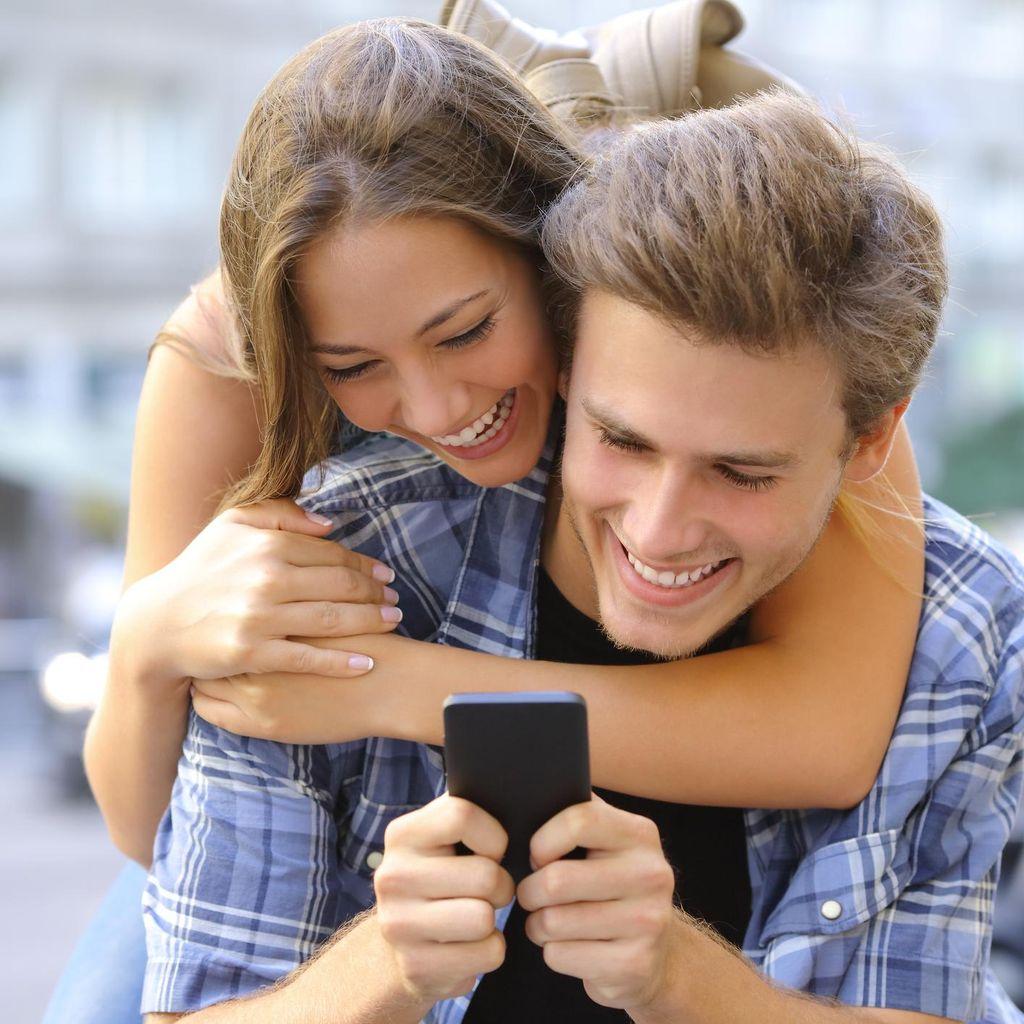 Solusi untuk Pasangan LDR yang Sulit Berkomunikasi