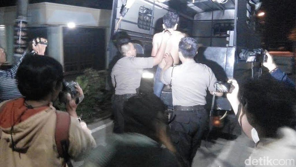 35 Orang Diamankan Terkait Pengrusakan Rumah Warga dan Mobil Polisi di Mojokerto