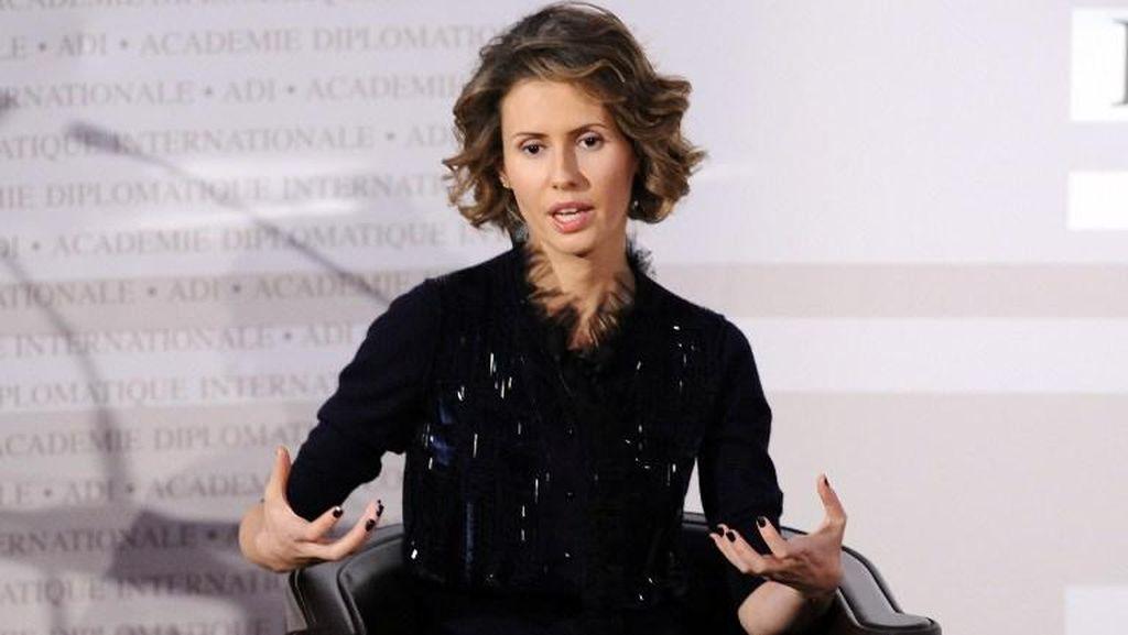 Diwawancarai Media Rusia, Ibu Negara Suriah Akui Tolak Menyelamatkan Diri