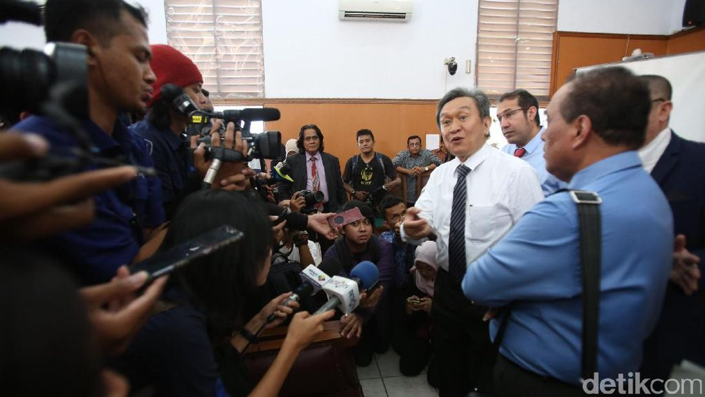 Gugatan Eks Ketua DPD ke KPK Tak Terkait Kunjungan JK ke Sel Irman Gusman