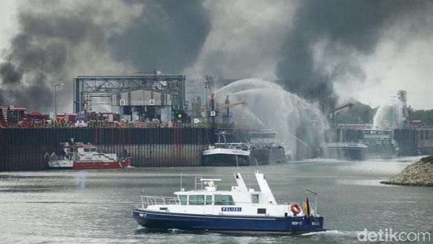 Ada Ledakan di Pabrik Kimia Terbesar di Dunia, 2 Orang Tewas