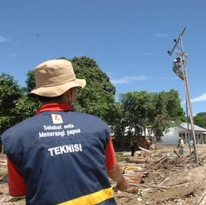 Ada Listrik PLN, Anak-anak di Pedalaman Papua Bisa Belajar Sampai Malam