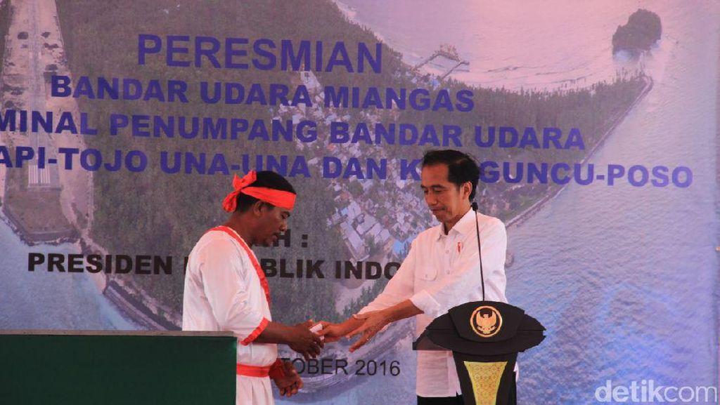 Jokowi Tanya 10 Nama Ikan, Nelayan Miangas: Ikan Kerapu, Ikan Indosiar