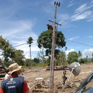 Cerita Warga Pelosok Papua, Beli Solar Rp 50.000/Hari Demi Listrik 5 Jam