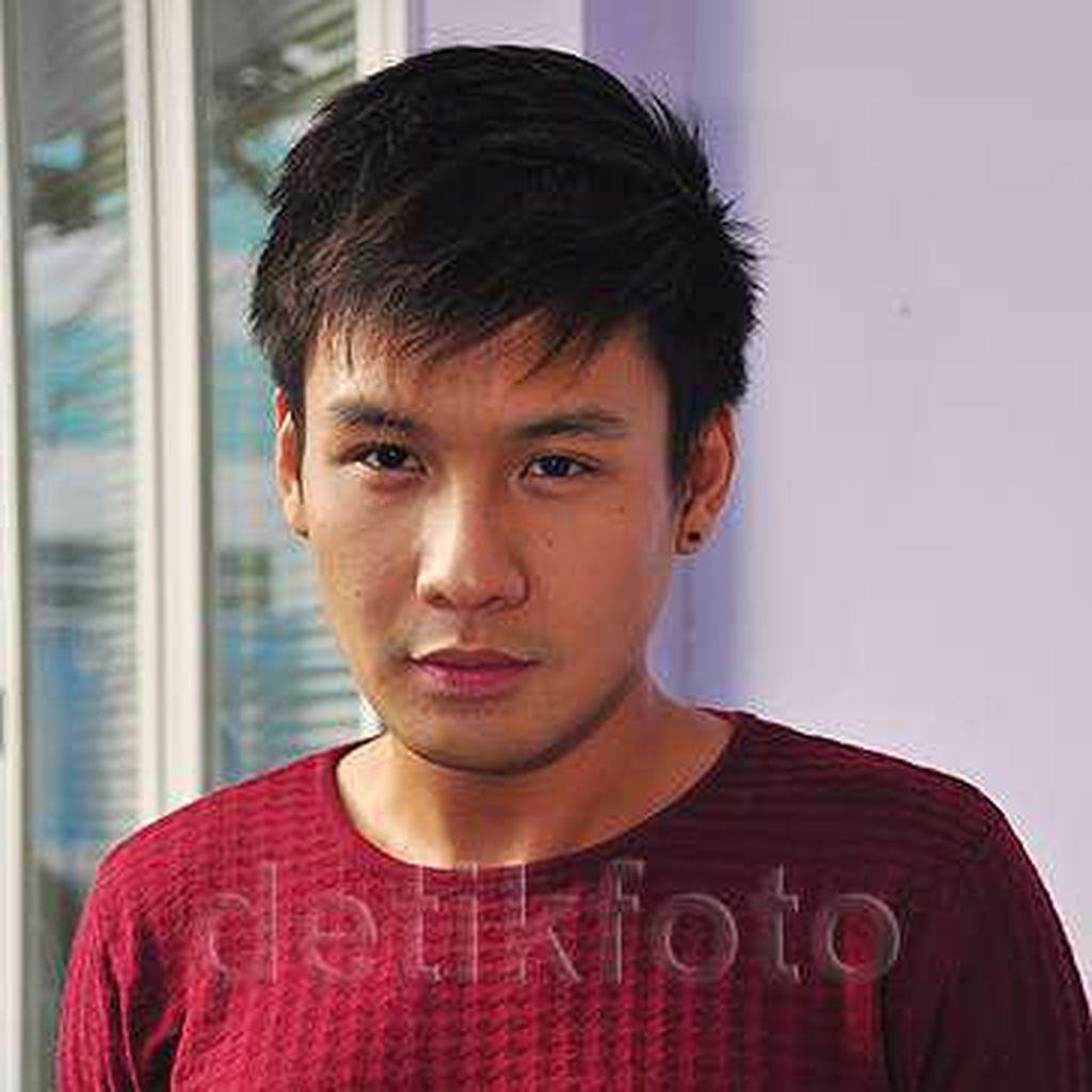 Jadi Kekasih Aurelie Moeremans di Film, Fendy Chow Tak Alami Kesulitan