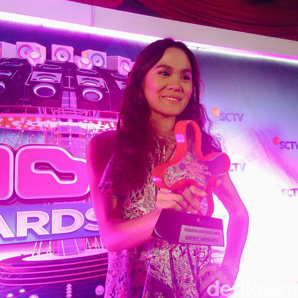 Album Sheryl Sheinafia Siap Meluncur Tahun Depan