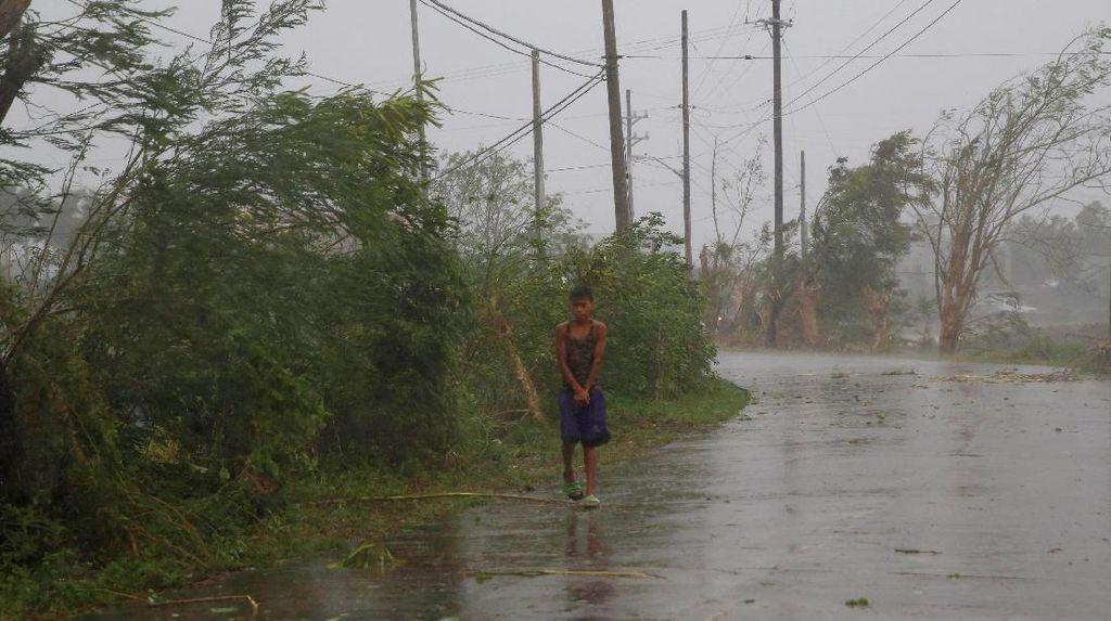 Topan Super Haima Terjang Filipina, 5 Orang Tewas