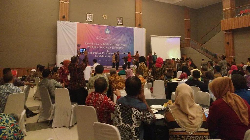 Kemdikbud Kumpulkan Kadisdik Se-Indonesia untuk Percepat Distribusi KIP